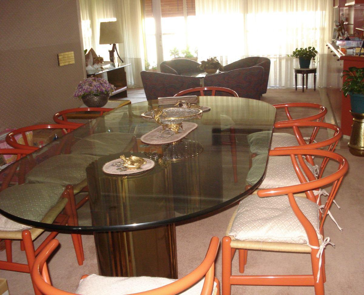 mesa de comedor de vidrio ovalada