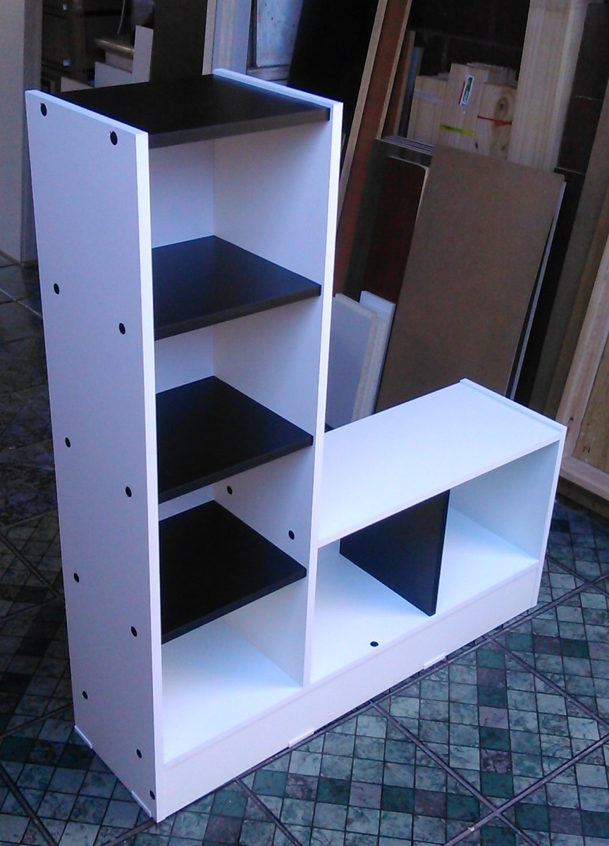 Mueble Multiuso Melamina Blanco  Negro 1055 X 90 X25