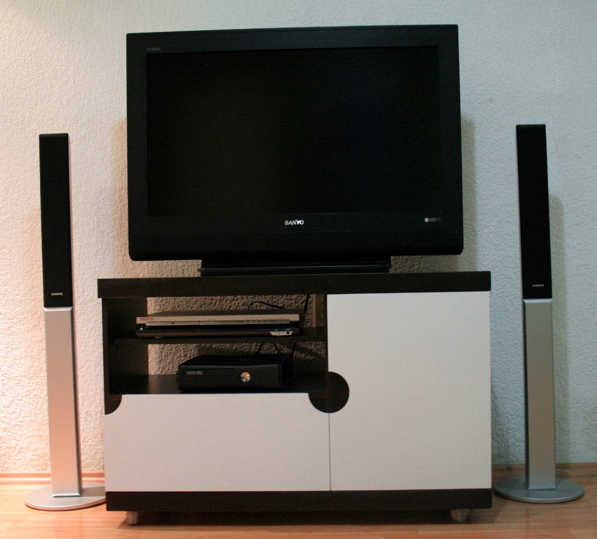 Mueble Para Tv  Pantalla saturno   219500 en Mercado Libre
