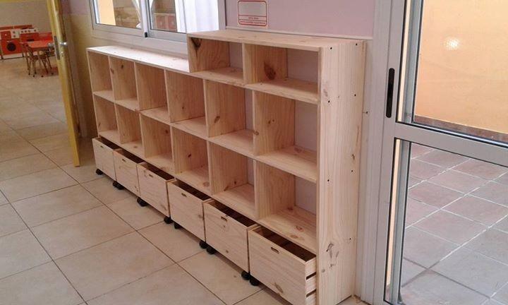 Muebles Biblioteca De Pino Con Cajones   240000 en