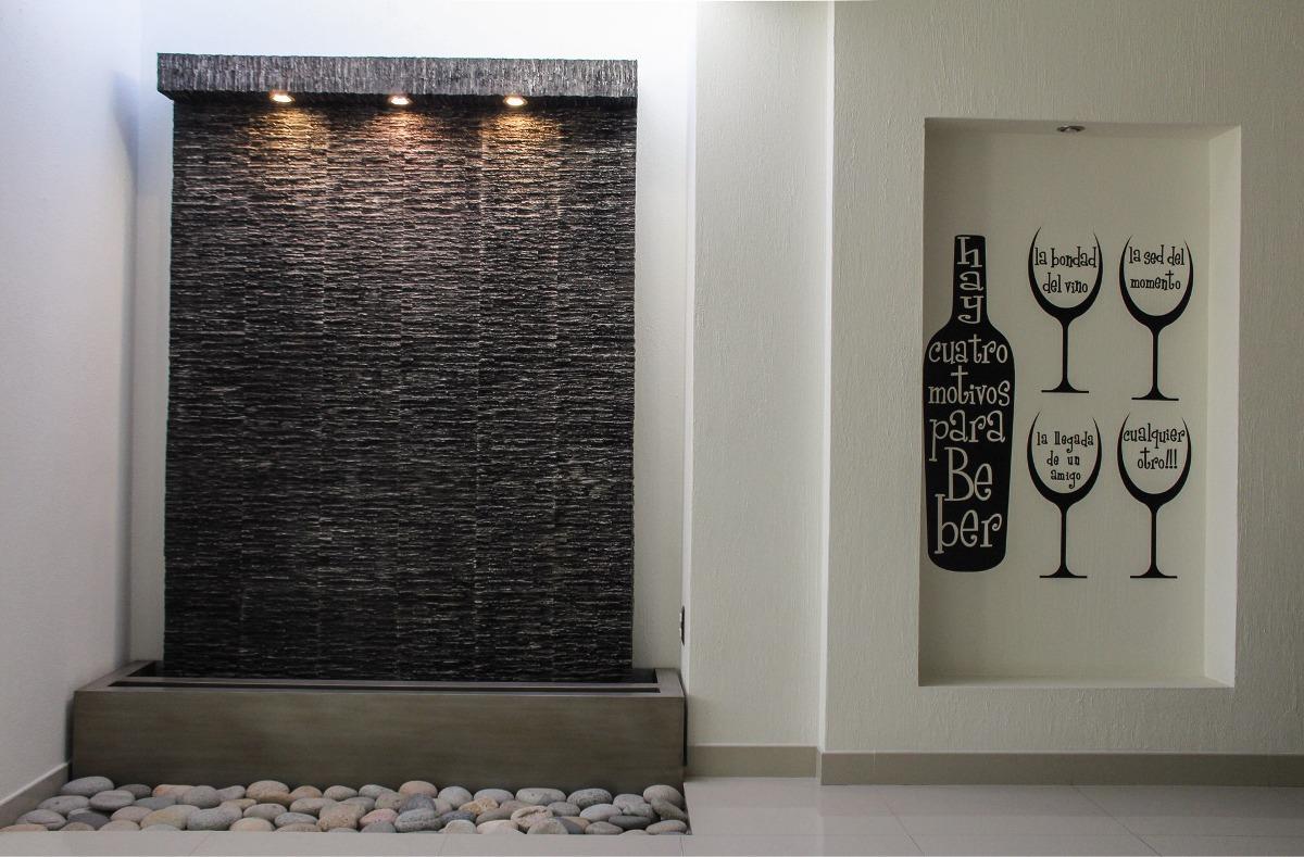 Muro Llorn fuente Fibra De Vidrio   2250000 en