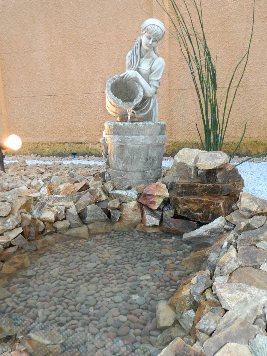 Piedra Decorativa Para Jardines Fuentes De Agua Y