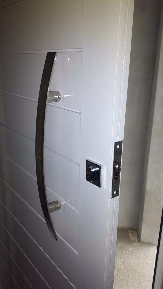 Porta Pivotante Em Alumnio Frisada 1100x2200