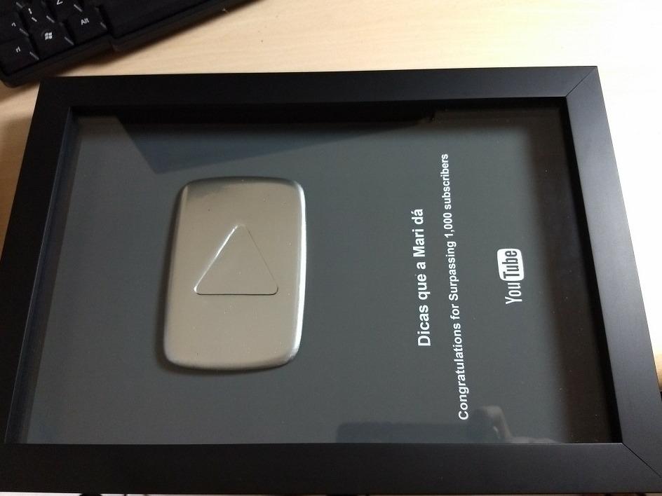 Placa Do Youtube 100k + Caixa Youtube Mod Da Original 2017 - R$ 549.00 em Mercado Livre