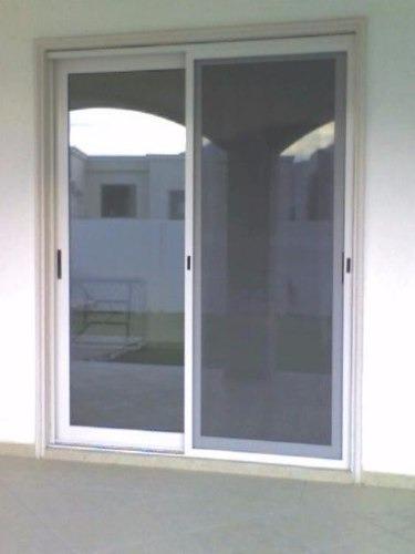 Puerta Corrediza En Aluminio Y Vidrio  Bs 40000000 en