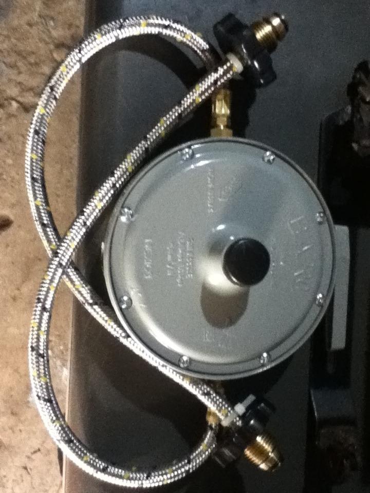 Regulador De Gas 2 Vas Lp Iusa   18000 en Mercado Libre