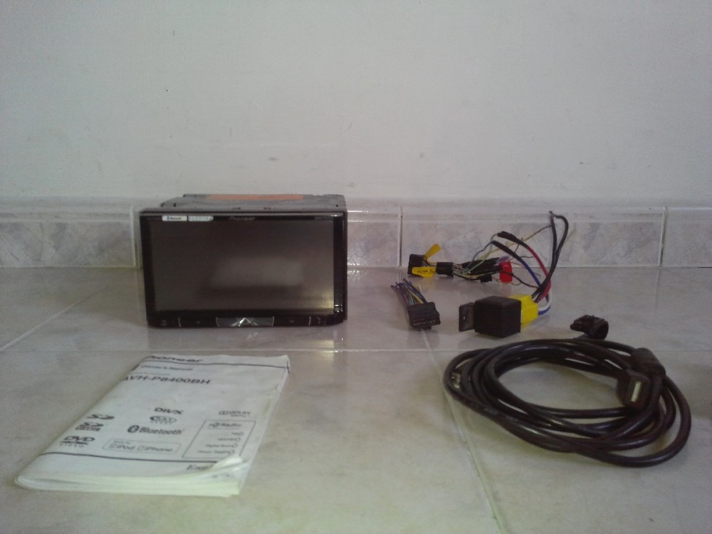 medium resolution of reproductor pioneer avh p8400bh cargando zoom