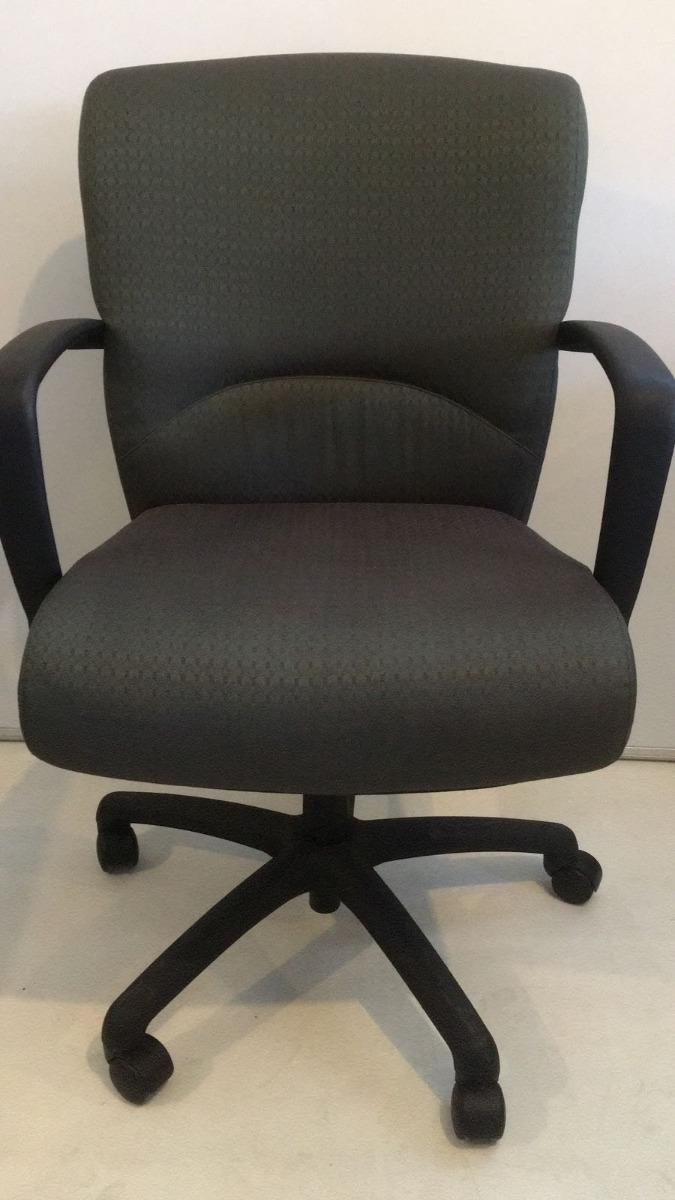 Silla Ejecutiva Arcadia Chairs Co   125000 en Mercado