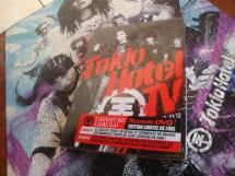 Tokio Hotel Fan Pack 2 Dvd Caught Camera Deluxe 1