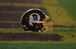 Washington Redskins re-sign linebacker Mason Foster