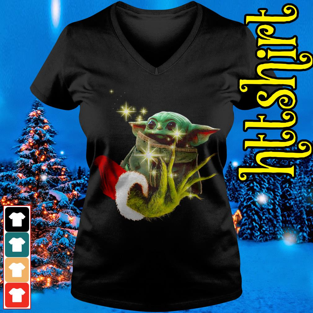 The Grinch holding a baby Yoda V-neck t-shirt
