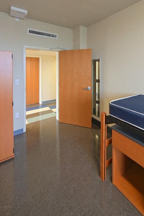 Insideroom0067 171 Huston Tillotson