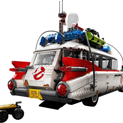 Ghostbusters-LEGO-10274-ECTO-1-6