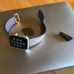 Apple Watch ウーブンナイロンバンドはハードに使うと破れる
