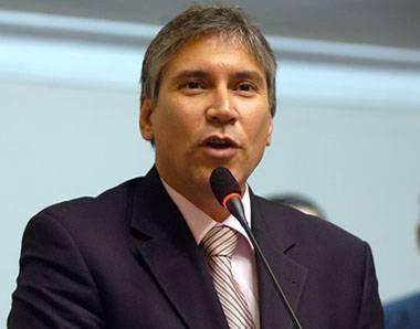 Aurelio Pastor  Ministro de Justicia
