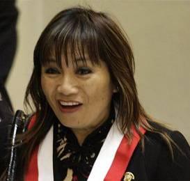 Aurelia Tan