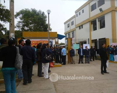 protesta hospital de Huaral