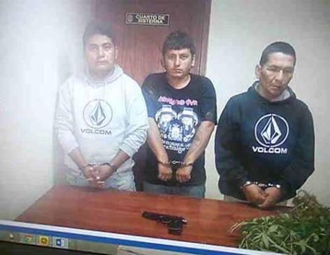 Capturan delincuentes presuntos robaron camioneta Cachay comico