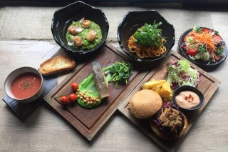 Sheung Wan lunch offers on the ENTERTAINER Hong Kong