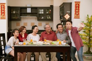 6 Types Of Family Members Who Will Love The ENTERTAINER CNY Edition