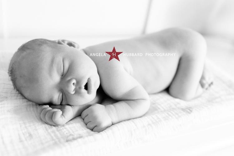 Vancouver newborn photograhper angela hubbard photography