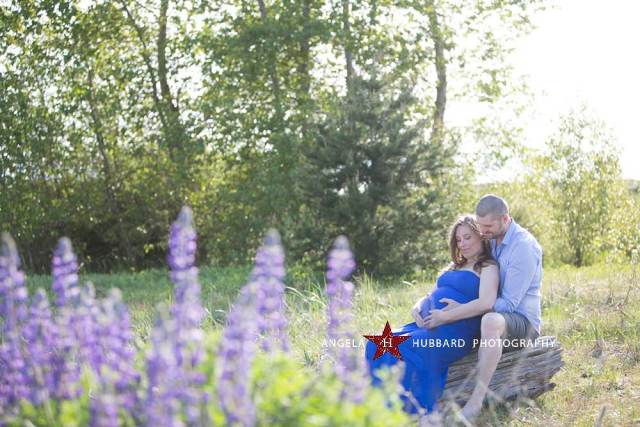 Vancouver maternity photographer Angela Hubbard photography outside maternity photography Richmond, bc