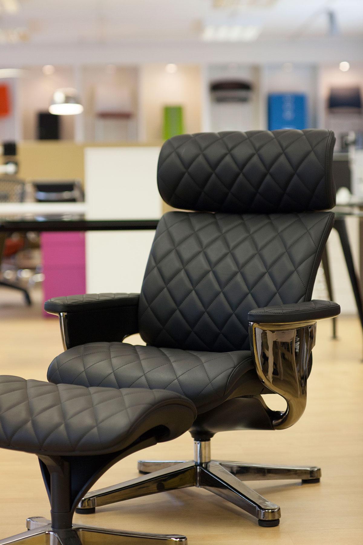Ergohuman Orange mesh task chair with laptop holder and