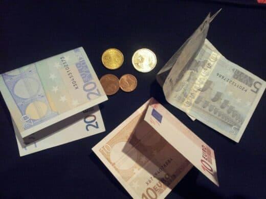 Foto von Geld - leider nicht meinen Blogeinnahmen entsprechend ;)