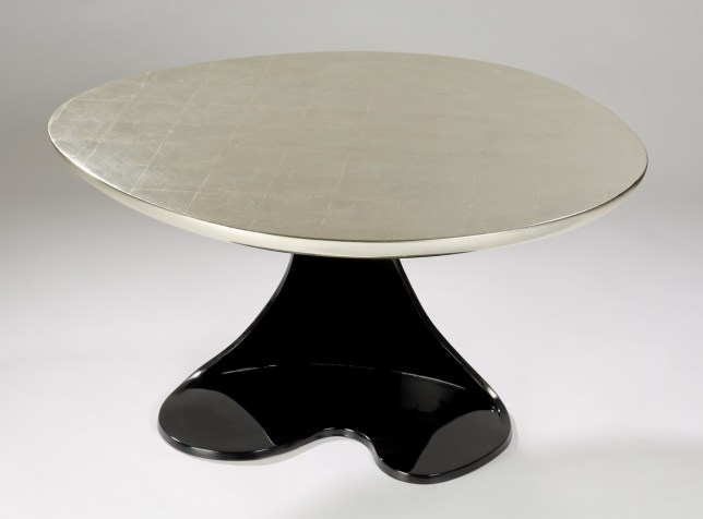 Table Narcisse