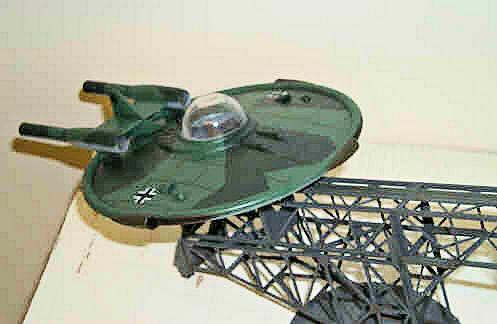 Fliegede Untretasse (Flying Saucer)