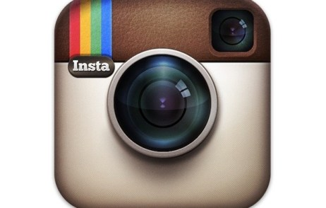 download and install instagram on blackberry 10 phone