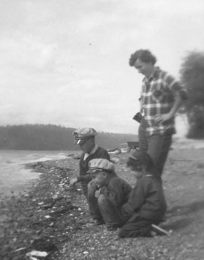1953 105