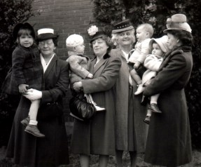 grandmas & grandkids! Including Kendall, cousins Linda & Trudy