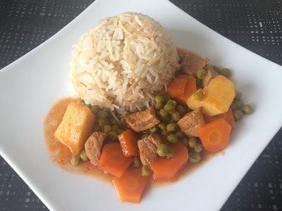 Riz bibazeliya – Erbsen Karotten Eintopf