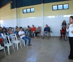 Aleandra Sousa participa da entrega de cadeiras de roda em Águas Lindas