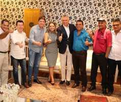 Lideranças do PSDB declaram apoio a Ronaldo Caiado