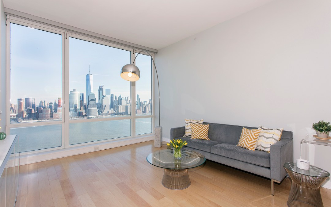 Crystal Point, 2 2nd Street #3904  |  Jersey City