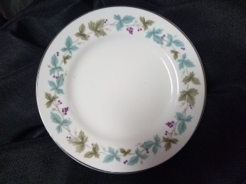 """Mixed 6"""" Cocktail Hour and Dessert Plates"""