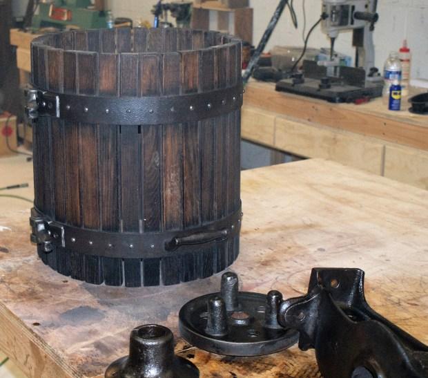 wine press pieces