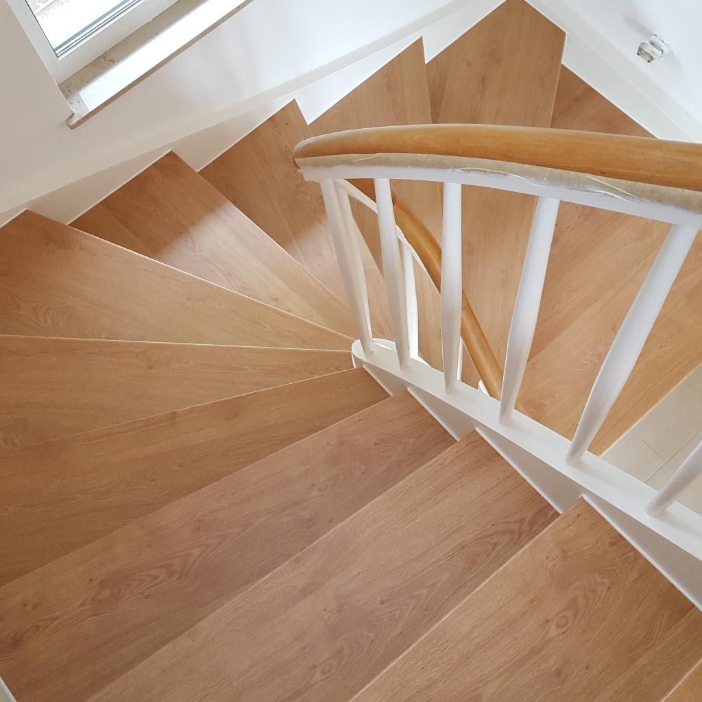 Treppenrenovierung  Treppensanierung Hbscher Treppenrenovierung Laminat