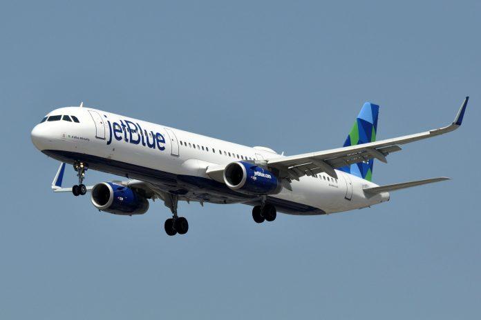 Aerolínea JetBlue vende pasajes de Estados Unidos a La Habana para noviembre