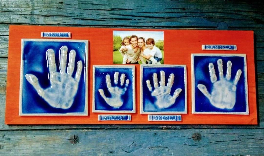 Un mural con las huellas de tu familia, un regalo original y entrañable