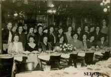 Las Chicas tomando el té en el Molino