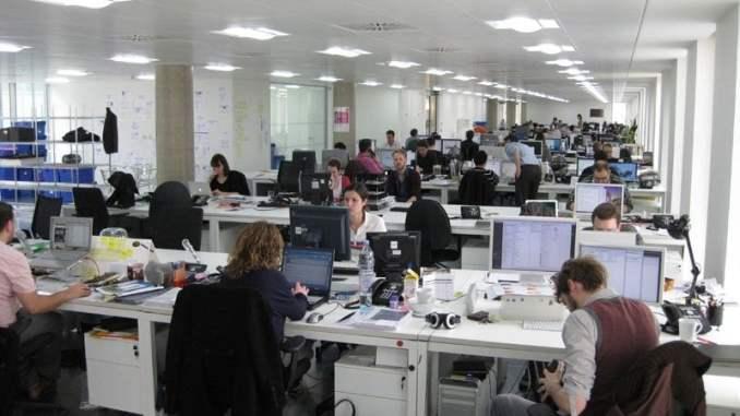 El 8,05% de los empresarios andaluces afirma que su empresa ha superado por completo la crisis y casi el 60.66% aumentó su plantilla en 2015, según la Guía del Mercado Laboral 2016, elaborada por Hays