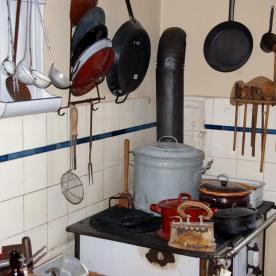Küche (1) - Lehrerwohnung