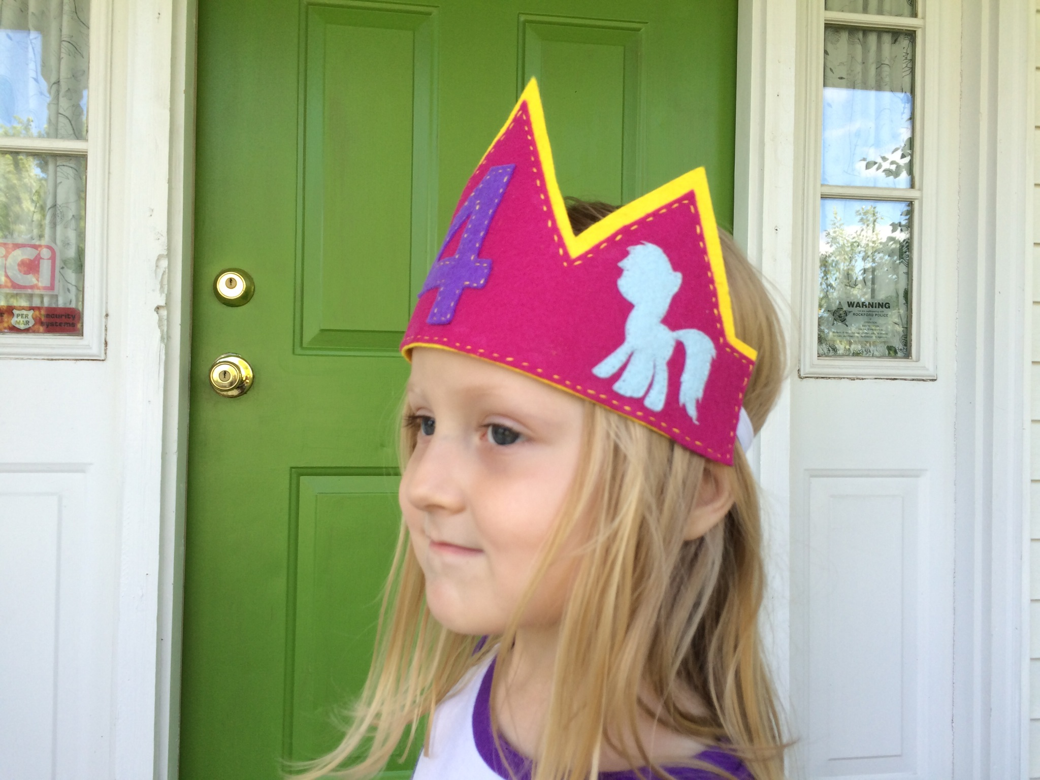 Evie's My Little Pony Party with Free Silhouette Files! from Hugs are Fun