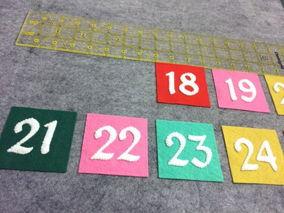 Modern Felt Advent Calendar Tutorial from Hugs are Fun