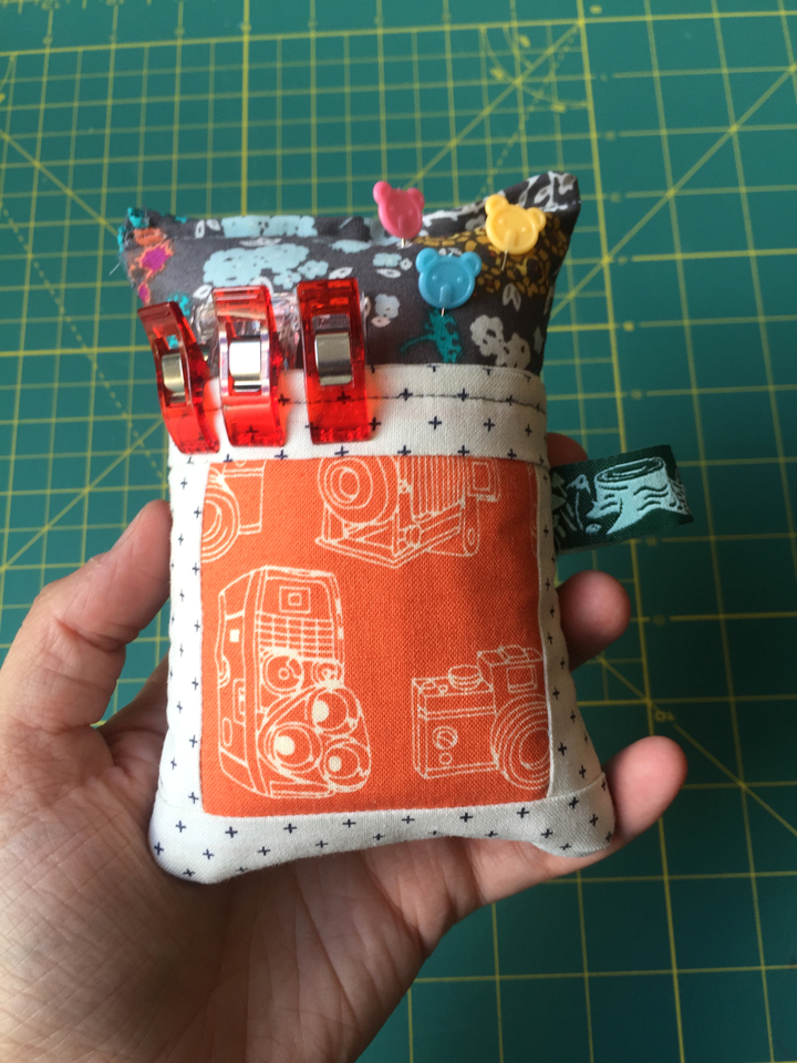 Deluxe Pincushions! from Hugs are Fun
