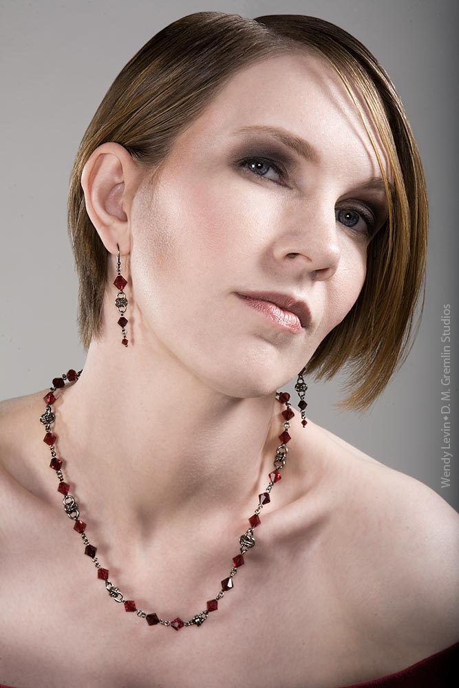 Hui Designs Precious Metal Chainmaille Jewelry