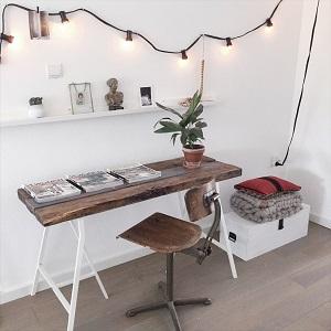 Bureau van oud hout